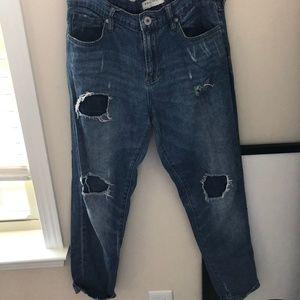 Bullhead boyfriend jeans in Women